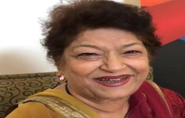 बॉलीवुड की मशहूर कोरियोग्राफर सरोज खान का 71 साल की उम्र में कार्डियक अरेस्ट से निधन