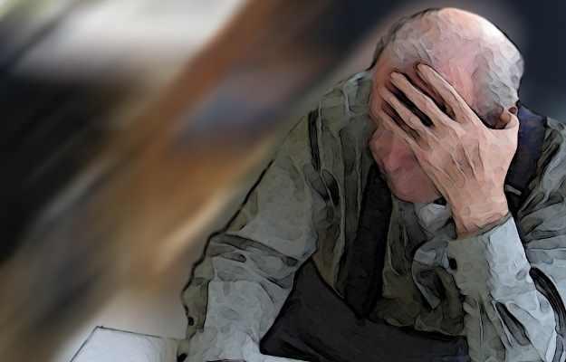 खड़े होने पर चक्कर महसूस होता है? तो हो सकता है डिमेंशिया होने का खतरा : स्टडी