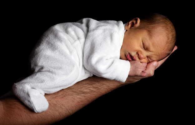 समय से पहले जन्मे (प्रीटर्म) शिशु के जीवित रहने की संभावना को बढ़ाता है स्टेरॉयड : स्टडी