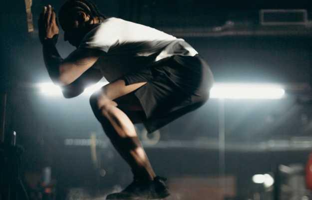 जंप स्क्वाट्स व्यायाम - Jump squat Exercise
