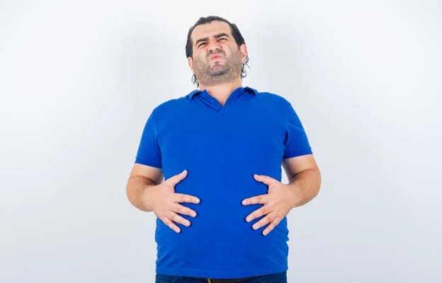 पेट फूला महसूस होता है तो पित्ताशय में सूजन के हैं संकेत, जरूर रखें सावधानी