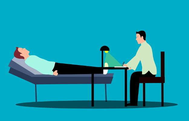 हेल्थ इन्शुरन्स में इन-पेशेंट हॉस्पिटलाइजेशन और आउट-पेशेंट - In-Patient Hospitalization and Out-Patient in Health insurance in Hindi