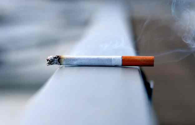 आपके मानसिक स्वास्थ्य के लिए भी खतरनाक है सिगरेट, जानें क्या कहती है रिसर्च