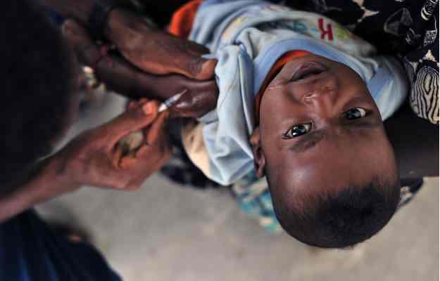 मलेरिया के खिलाफ जंग को मिली धार, अब नई वैक्सीन से लड़ी जा रही लड़ाई