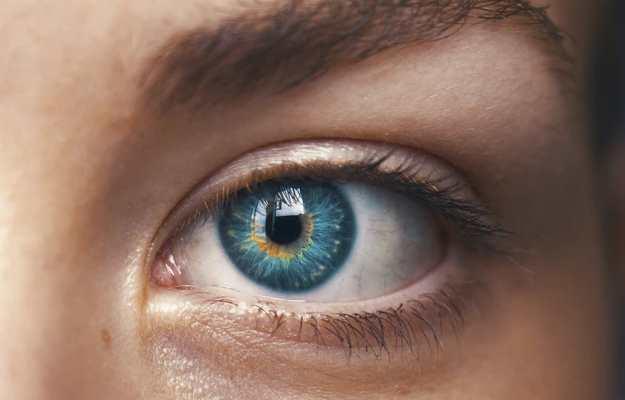 सावधान! आंखों की रोशनी छीन रही डायबिटीज से जुड़ी यह बीमारी